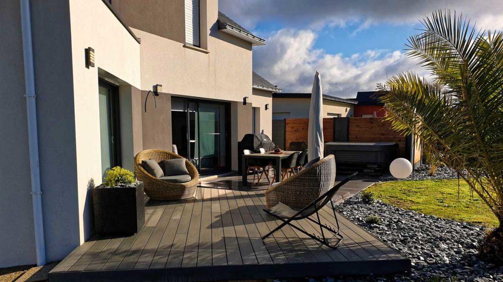 Réaménagement terrasse, terrasse, spa, cloture, clôture, plouay, morbihan, paysagistebretonre